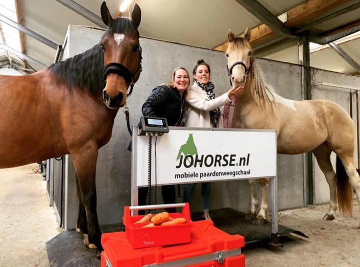 Western Weetjes en JOHORSE, mobiele paardenweegschaal